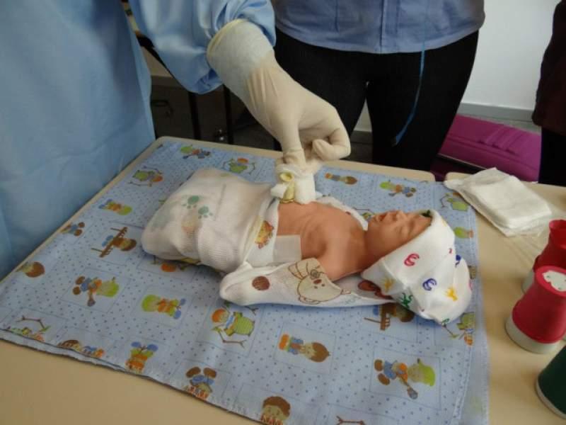 Imagem sobre Assepsia e higienização do coto umbilical
